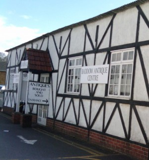 Baddow Antique Centre