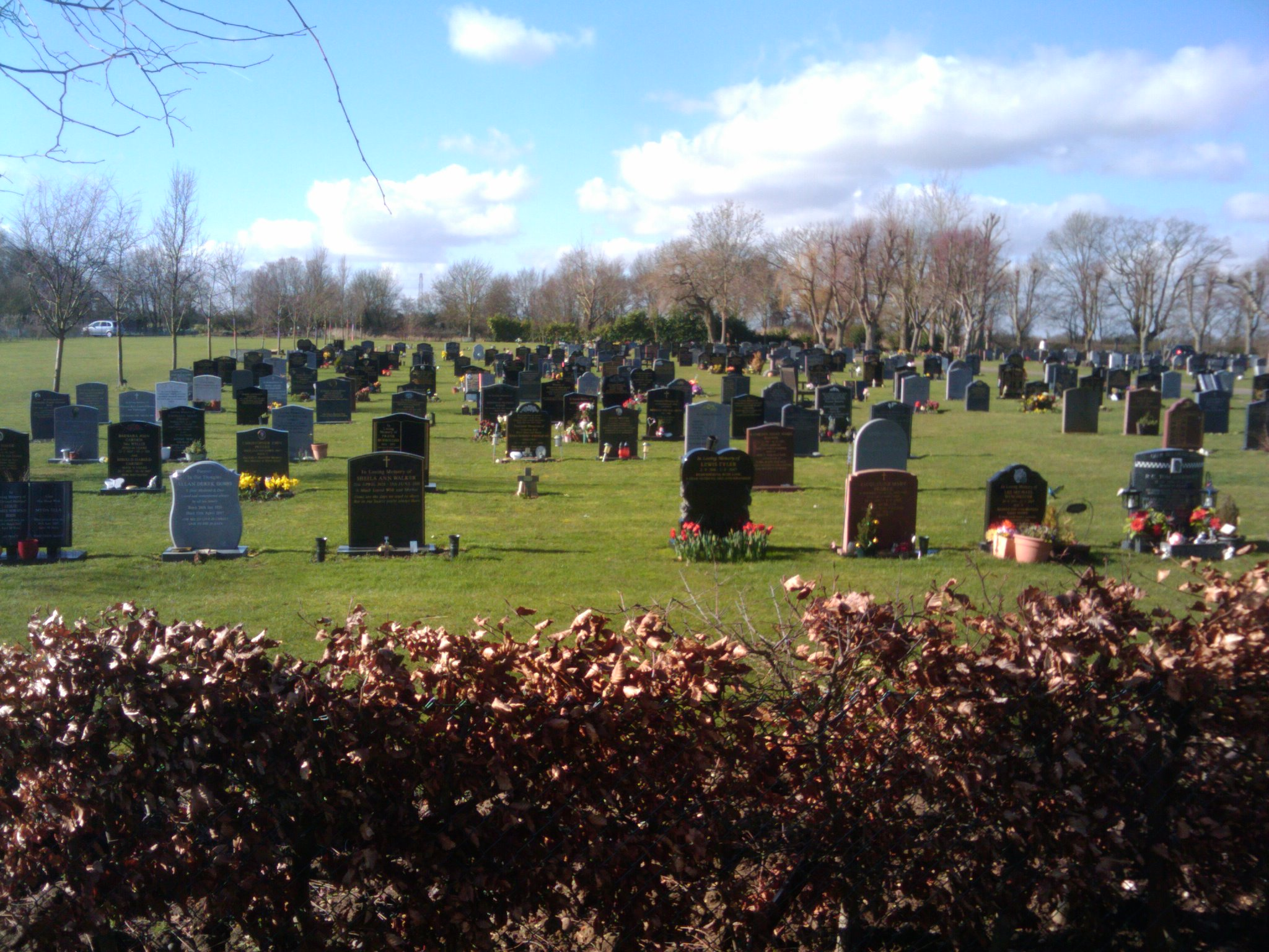 Galleywood and Great Baddow Lawn Cemetery
